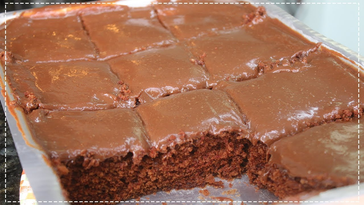 Bolo de chocolate super simples e fácil