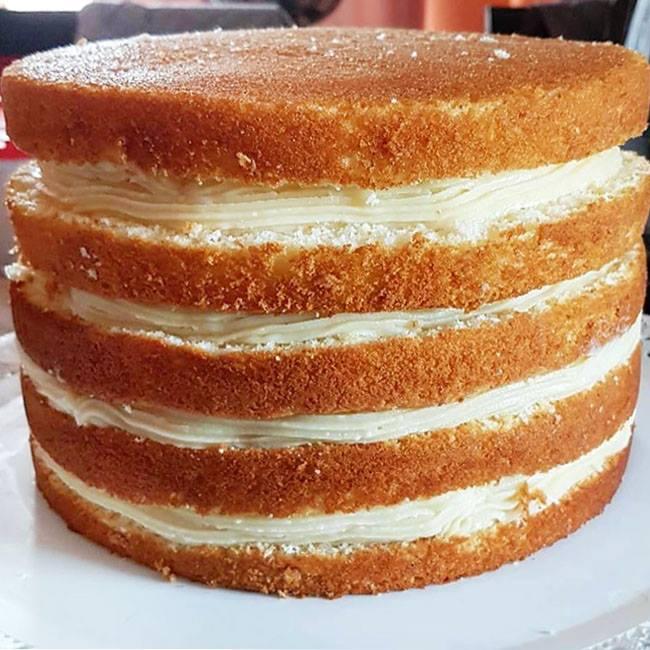 Pão de ló para bolo de aniversário