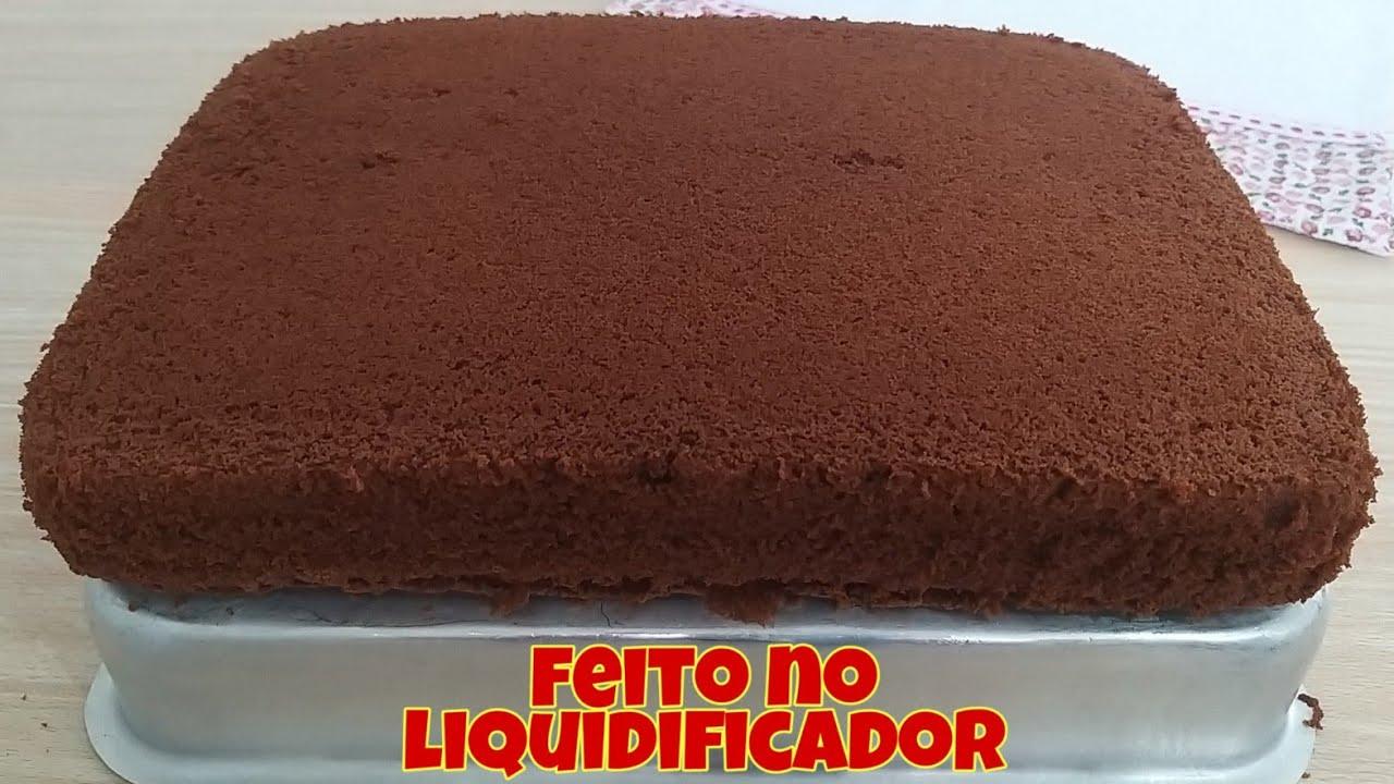 Massa de chocolate para bolos de aniversário